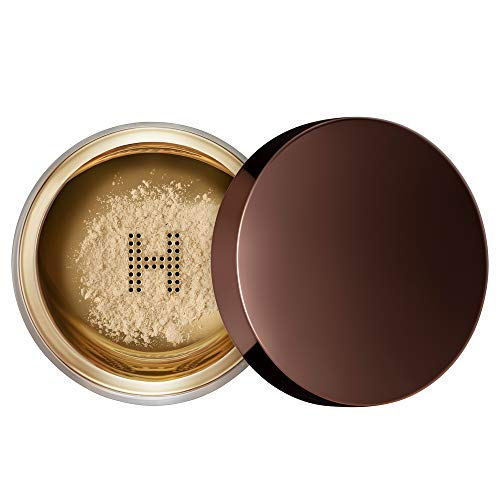 Hourglass Veil Translucent Setting Powder. Invisible Setting Powder for All Skin Types and Skin Tones. Vegan and Cruelty-Free.