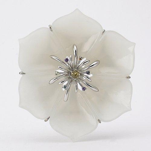 Weiße Jade Blumen Brosche aufwendig verarbeitet von Meisterhand Saphir Sterling Silber Kette Glücksbringer Korea