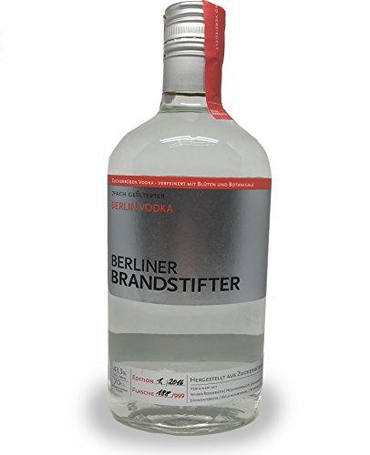 Berliner Brandstifter 7fach gefilterter Vodka - Wodkas aus Zuckerrüben - verfeinert mit Blüten und Botanicals - 0,7l 43,3%vol.