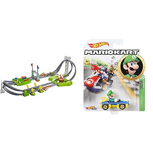 Hot Wheels - Mario Kart Mario Rundkurs Rennbahn Trackset Deluxe inkl. 2 Spielzeugautos, Spielzeug ab 5 Jahren & GBG27 - Mario Kart Replica 1:64 Die-Cast Spielzeugauto Luigi, Spielzeug ab 3 Jahren