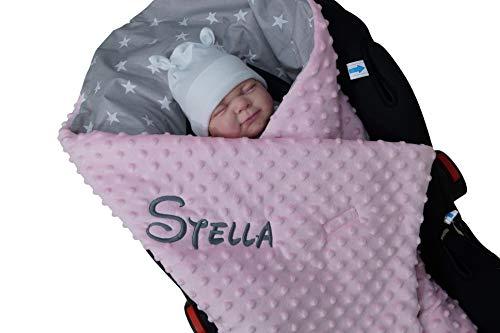 Zweilagige Decke mit Namen - EINSCHLAGDECKE - 90x90 cm - Babydecke für Babyschale - Baumwolle (Sternen - Hellrosa)