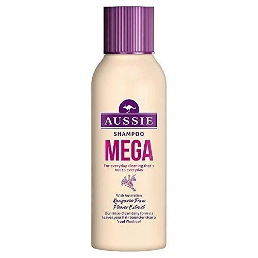 シャッター地下シェア[Aussie ] オージーメガシャンプー90ミリリットル - Aussie Mega Shampoo 90ml [並行輸入品]