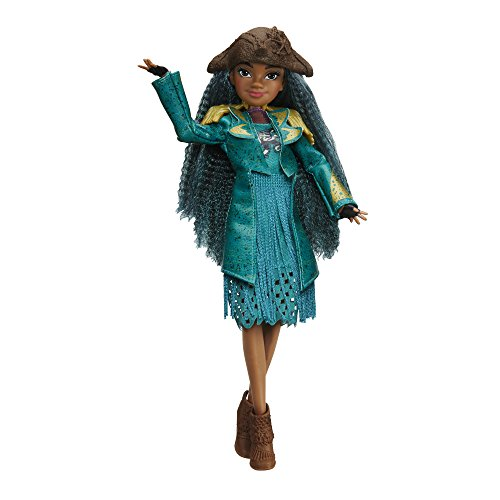 Disney Descendants 2 Uma Isle of the Lost Doll - Poseable Figure Dressed to Impress – Recreate Epic Adventures with Descendants Dolls Fashionable Villaness-in-Training with Fashions and Accessories