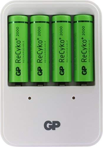 GP Akku Ladegerät (Plug) mit 4 Stück Akkus ReCyko+ Mignon AA (Kapazität 2000mAh, 1,2V, ready2use) Ladegerät + 4 AA Akkubatterien