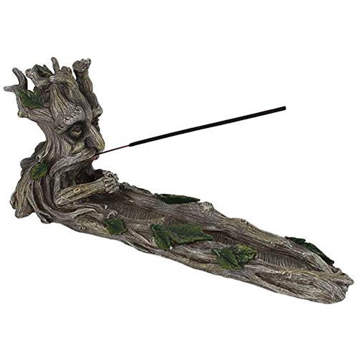 樫の木はず壊れた何か異なるグリーンマンのお香ホルダー。
