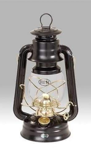 Dietz Original 76 Oil Lamp Burning Lantern Black with Gold Trim