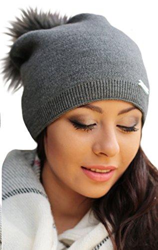 Damen Frauen Strickmütze Beanie mit Fellbommel Herbst Winter Bommelmütze mit großem Kunstfellbommel (ZI) (Graphite)