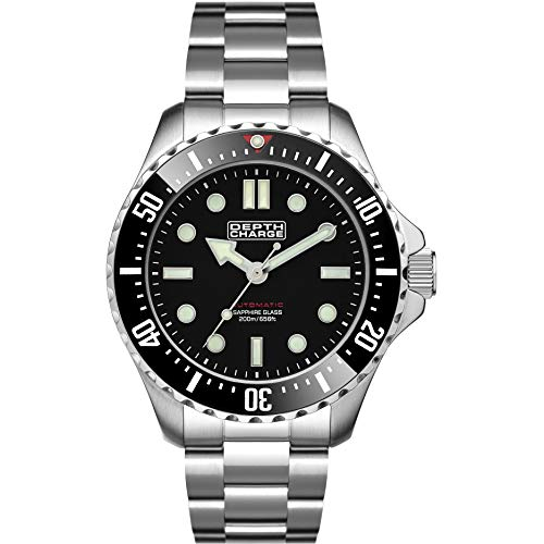 DEPTH CHARGE Herren 40mm Automatic Watch in schwarz with Analogue Display, and silber Edelstahl Strap DB106611.