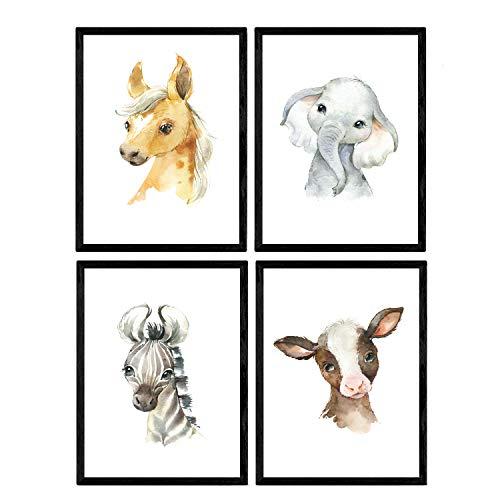 Pak van vier vellen met afbeeldingen van dieren. Poster met kinderfoto's van kinderen. Olifant koe paard en zebra. A3-formaat zonder lijst