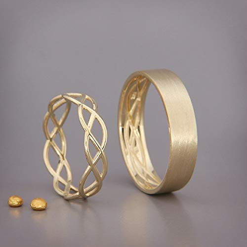 Amazon.com: His and Hers Celtic Wedding Band Set  solid Gold