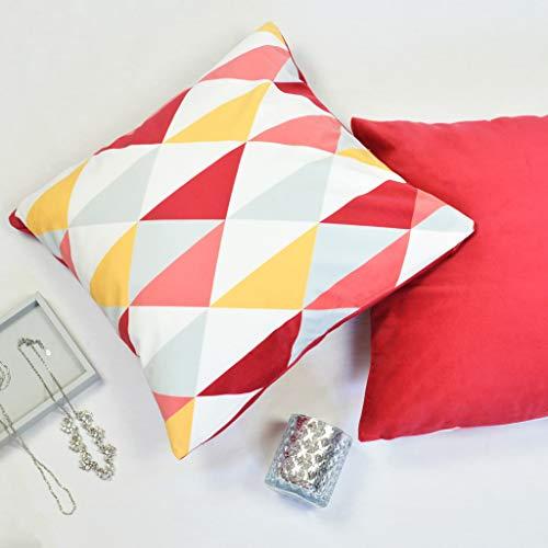Offtopic Juego de 4 fundas de cojín para sofá, 45 x 45 cm, de terciopelo suave, cojines decorativos elegantes con diseño italiano y parte trasera lisa   Triángulos rojos
