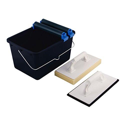 Top Deal 1801673 Suki Fliesenwaschset 5 teilig blau mit Doppelrollenaufsatz, 1 Fliesenwaschbrett, 1 Kunststoff Reibebrett mit Zellkautschuk, 1 Eimer 12 Liter, schwarz