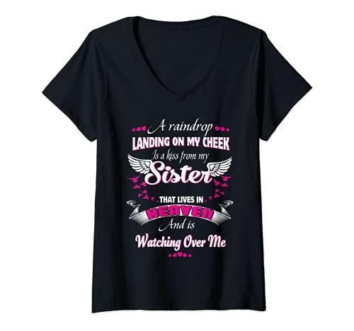 Mujer Ella es mi hermana y ángel, en Loving Memorial My Sister Camiseta Cuello V