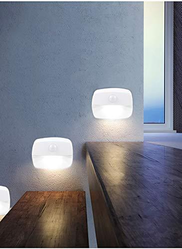 [2 pezzi ] Luce notturna a LED, con sensore di movimento PIR, interruttore automatico, utilizzata in bagni, pareti, camere da letto, corridoi, scale, garage, cucine [Classe A Energy ++] (bianca)
