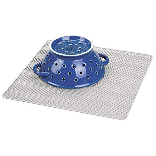 mDesign Alfombrilla antideslizante de silicona – Práctico tapete escurridor con dibujo de espiga para ollas y vajilla – Escurreplatos para la cocina apto para lavavajillas – gris claro