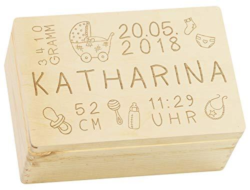 Holzkiste mit Gravur - Personalisiert mit GEBURTSDATEN - Größe M - Rassel Motiv - Erinnerungskiste als Geschenk zur Geburt - LAUBLUST®