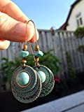 ✿ DISCO CABOCHON IN PIETRA HOWLITE TRIBALE RAME BLU PATINA SU GANCI RENI LUNGHI ✿ meravigliosi orecchini etno, orecchini turchesi