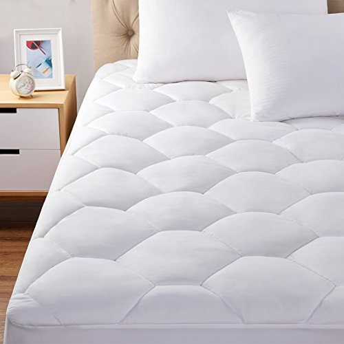 oaskys Queen Size Mattress Pads Cover Down Alternative Fill Hypoallergenic Quilted Fitted Mattress Topper with deep Pocket Cooling and Breathable