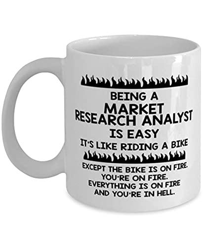 arket Reaserch Analyst Unique Coffee Mug S Ideas For Birthday or Christmas. Essere un analista di ricerche di mercato è facile, è come andare in bicicletta. Tranne che la bici è in fiamme. Tu sei in f