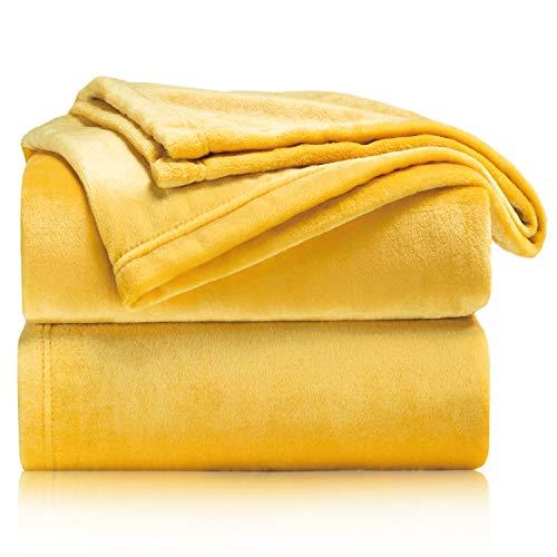 Bedsure Manta para Sofás de Franela 130x150cm - Manta para Cama 90 Reversible de 100% Microfibre Extra Suave - Manta Mostaza Amarillo Transpirable