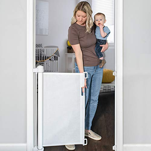 YOOFOR Retractable Gate for Babies and Pets, Extra Wide Safety Baby Gate 83 cm Tall, Extends to 140 cm Wide, One Handed Silent Operation. Mesh Safety Gate for Stairs/Indoor/Outdoor/Doorways/Hallways
