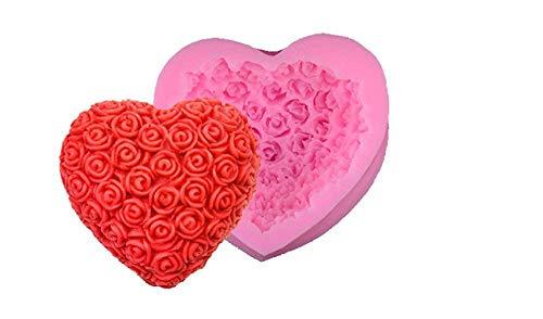 Stampini per torta in silicone a forma di cuore.