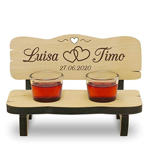 Holzbank mit Gravur Hochzeitsgeschenk Schnapsgläser Gläser mit Name und Datum individualisiert personalisiert Herz 2