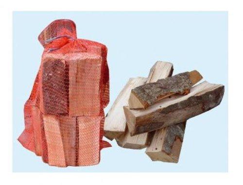 legna di faggio da ardere in sacchetti da 15 kg.