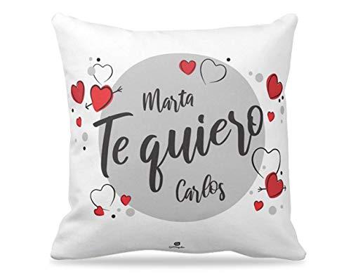 Getsingular Cojines Personalizados con Nombres Ideales para Enamorados y San Valentín | Cojines de Microfibra Diseño Personalizado con Nombres - Te Quiero