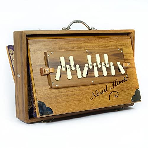 Shrutibox NAAD MUSIC - XL Professional - Original aus Calcutta, GETESTET UND GEPRÜFT! - EXTRA langer Klang-Atem, C-C 13 Stops, 440Hz, inkl. BEGLEITHEFT Teak Holz, mit PRIMEVERSAND zollfrei!