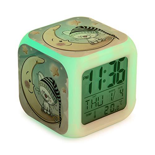 Gatito Despertador infantil digital, reloj niños y niñas para dormir, con luces led de 7 colores,8 melodías de alarma. Con cable USB incluido. Pantalla LCD de tamaño cuadrado. 8x8x8 cm.