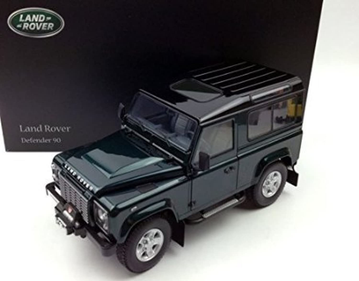 1984 LAND ROVER Defender 90 in Antree Grün by Kyosho in 1 18 Scale by Kyosho