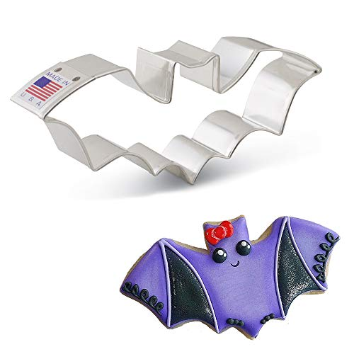 "Ann Clark Cookie Cutters Flying Bat Cookie Cutter, 5.25"""