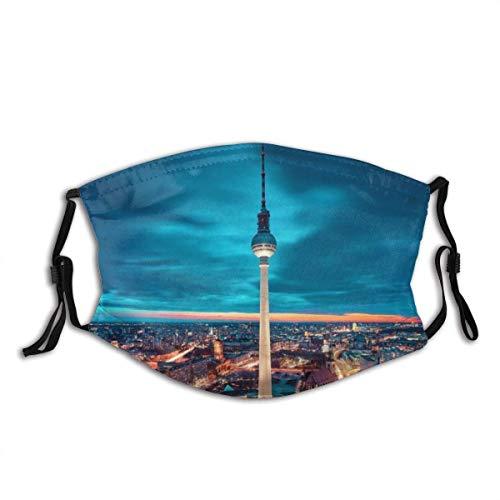 Gesichtsschal Berlin City Deutschland Fernsehturm Sturmhaube Unisex Wiederverwendbar Winddicht Anti-Staub Mund Bandanas Outdoor Camping Motorrad Running Neck Gamasche mit 2 Filtern für Teen Männer