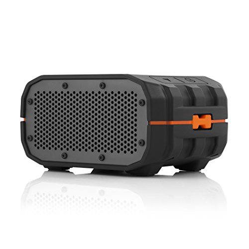 Bluetooth speakers make the best gift ideas for mechanics