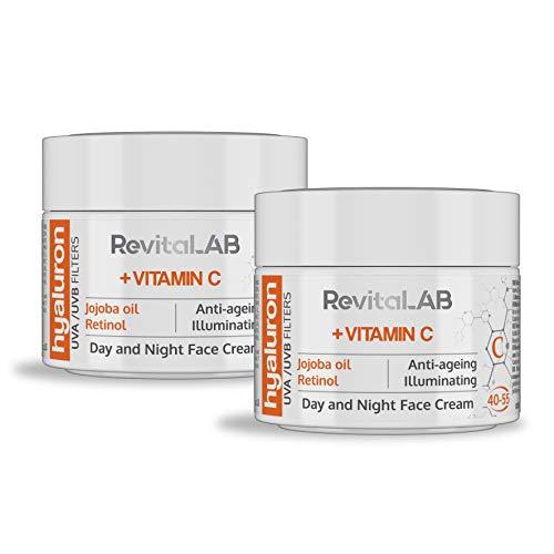 RevitaLAB - Crema antiarrugas de día y de noche con ácido hialurónico enriquecida con vitaminas A, B3, B5, E, C, aceite de jojoba y filtros UV, franja de edad 40-55, 2x 50 ml (multipaquete)