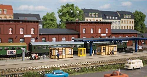 Auhagen 13343 Bahnhofsausstattung