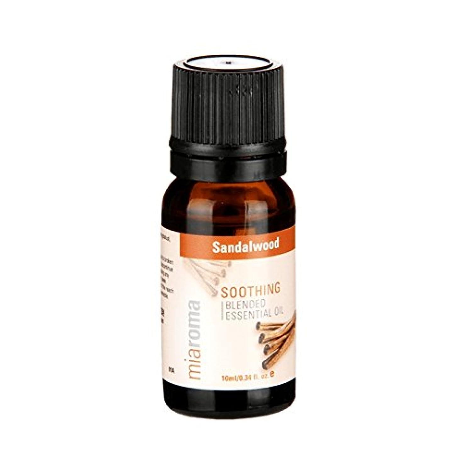 リビングルームムスタチオ酒Miaromaは、精油サンダルウッドの10ミリリットルをブレンド - Miaroma Blended Essential Oil Sandalwood 10ml (Miaroma) [並行輸入品]