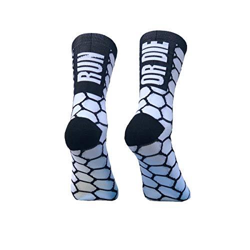 PERRO LOCO CLOTHES Calcetines de Running compresivos con Refuerzo en Puntera, prepuntera y talón. Edición Limitada. (Run OR Die Blanco, 43-45)