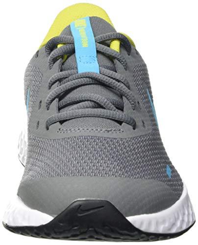 Nike Revolution 5 (GS) Running Shoe, Smoke Grey Chlorine Blue High Voltage White, 3 UK