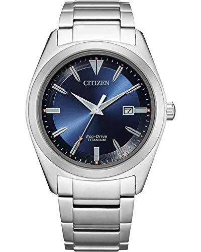 CITIZEN Herren Analog Eco-Drive Uhr mit Super Titanium Armband AW1640-83E