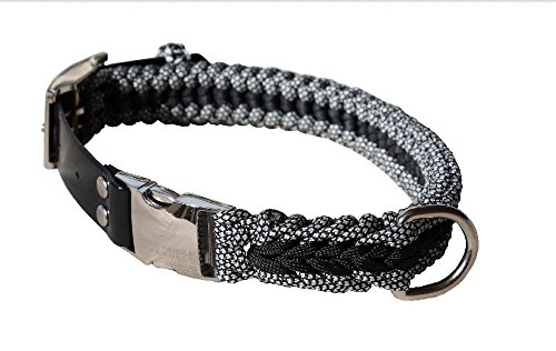 Blue Handle Channels Extra Strong Paracord Dog Collar