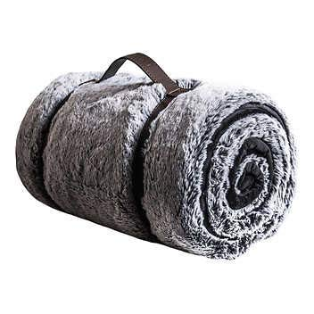 Mon Chateau Luxury Collection Faux Fur Throw (Grey)