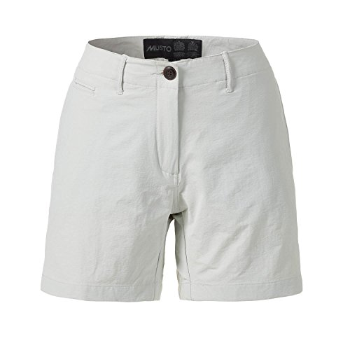 Musto Essential UV- Dry 4 pocket shorts in platina - Comfortabele Activewear voor de zomer