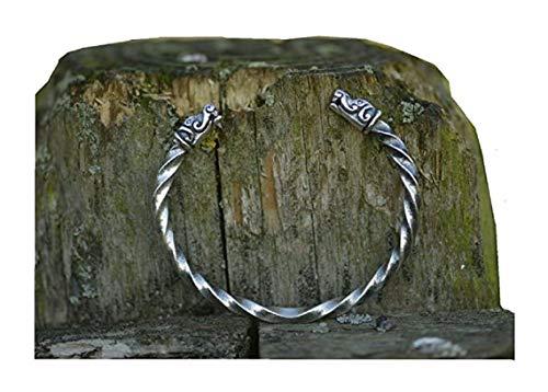 Pulsera vikingo de plata forjada a mano, diseño de cabezas de dragón de Gotland, tamaño mediano