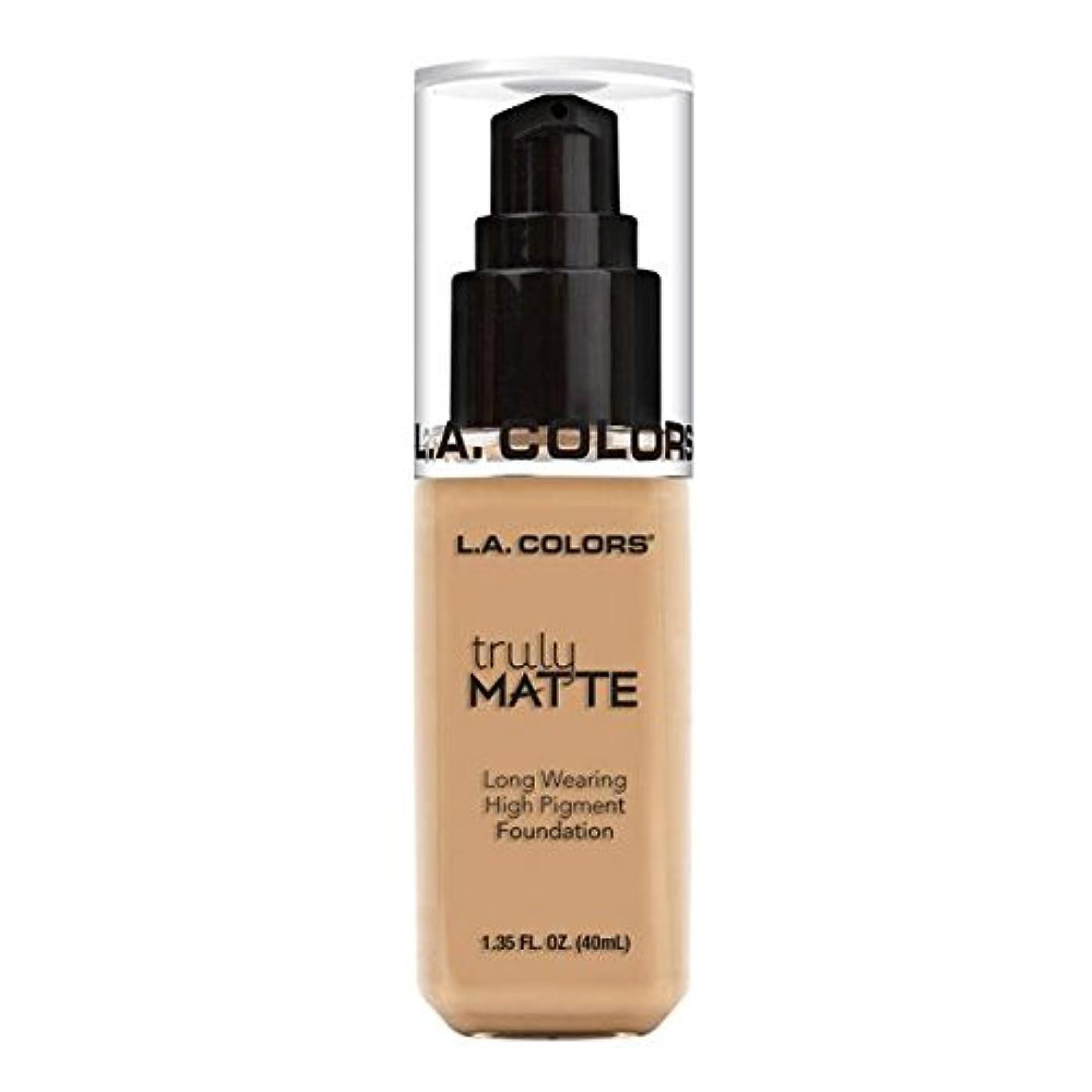 カルシウム伝染病王位(6 Pack) L.A. COLORS Truly Matte Foundation - Natural (並行輸入品)