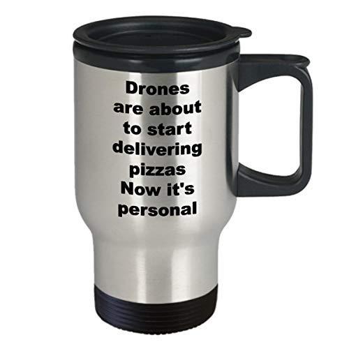 Maureen52Dorothy Drones Het leveren van Pizza Nu Het is Persoonlijke Reizen Mok