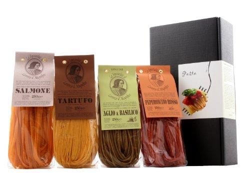 Geschenkset - Nudelkiste - Pasta in 4 Variationen aus Italien (Bandnudeln mit Chili, Lachs, Trüffel und Knoblauch-Basilikum)