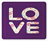 Lila Tulpen-Mauspad, Liebesbeschriftung mit Blumenelementen Punkte Valentinstag-Muster, rechteckiges rutschfestes Gummi-Mauspad, Standard-Lila und mehrfarbig