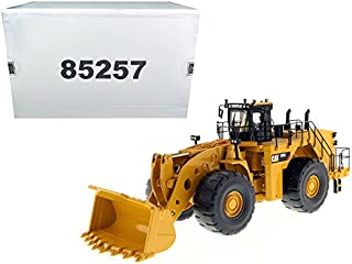 StarSun Depot CAT Caterpillar 993K Wheel Loader with Operator High Line Series 1/50 Model by Masters